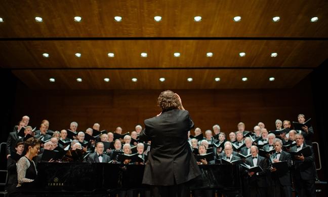 All-chorus-at-concert